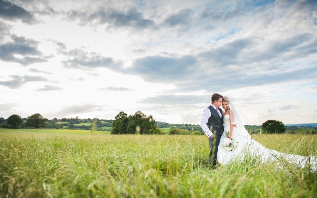 Laurie and Matt – A Beautiful Vintage Wedding at Home.